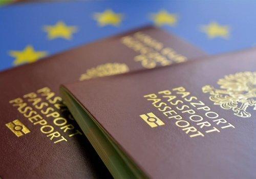 В какие страны поляки могут ездить без визы?